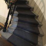 Escalier avec tapis