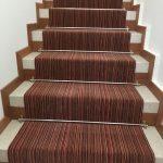 Escalier tapis bois